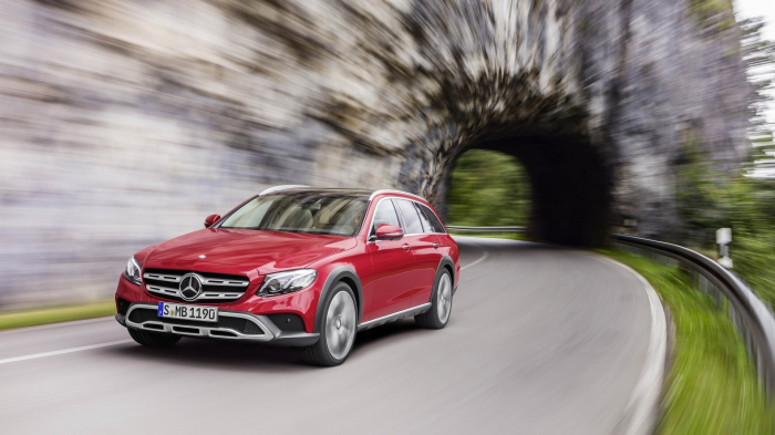 Mercedes-Benz E-Class All-Terrain 2016 – фотография 1