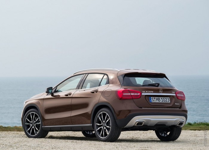 Mercedes-Benz GLA 2013 – фотография 1