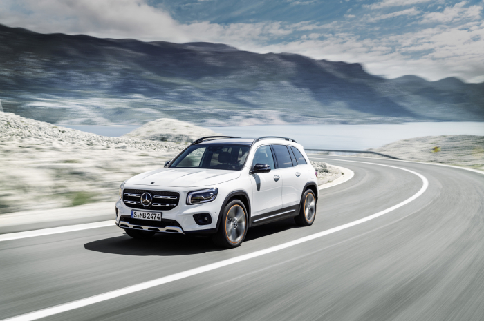 Mercedes-Benz GLB – фотография 1
