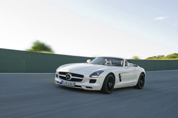 Mercedes-Benz SLS AMG Roadster – фотография 1